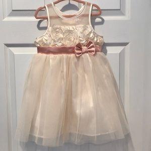 EUC Toddler gurls dress